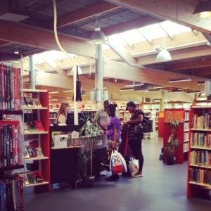 Hallunda Bibliotek